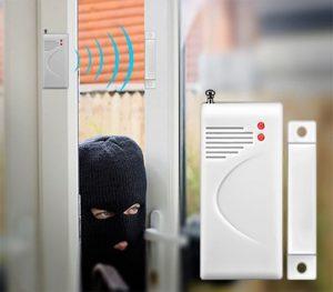 Mô hình lắp đặt thiết bị báo động cửa mở cảm ứng